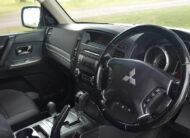 2013 Mitsubishi Pajero GLS 4WD