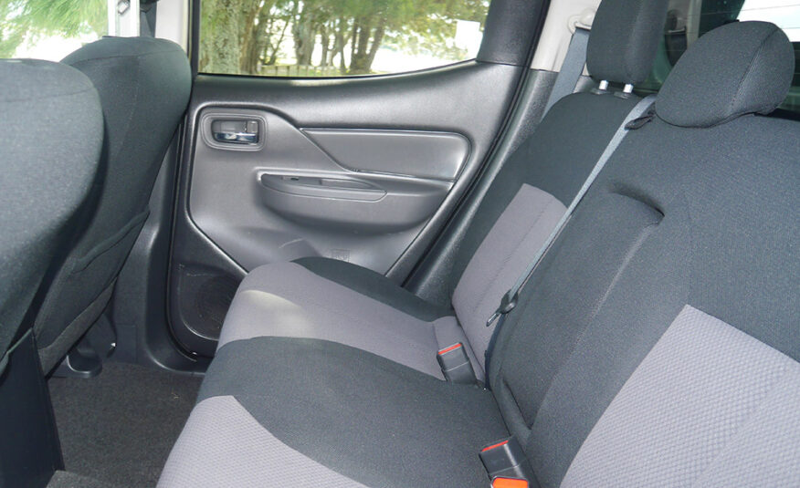 2016 Mitsubishi Triton GLX-R 2.4L Diesel Turbo Manual 6 Speed