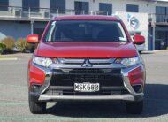 2017 Mitsubishi Outlander LS 2.0L 2WD 7 Seater